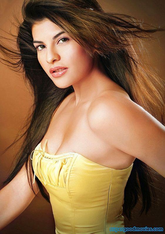 Beautiful Indian actress Jacqueline Fernandez