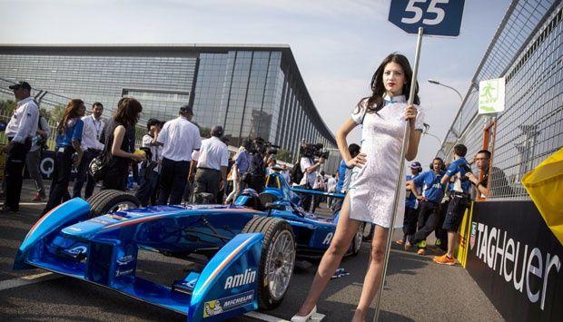 Model-model Seksi di Arena Balap Formula E