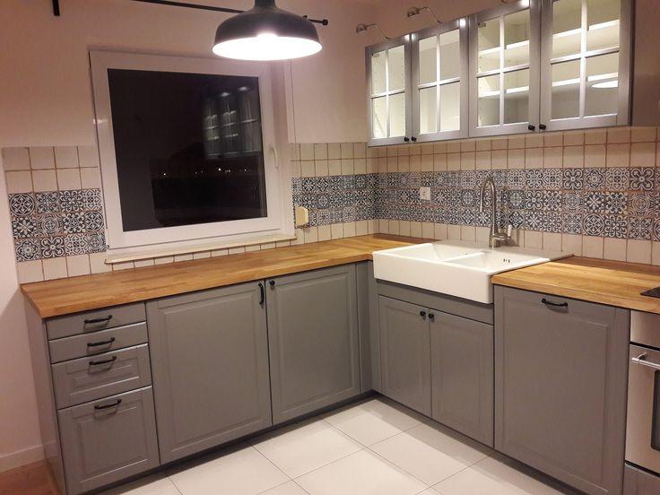 kuchnia IKEA Metod z szarymi frontami Bodbyn i uchwytami Eneryda