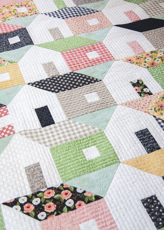 Home Again quilt by Lella Boutique, made with fat eighths. Fabric is Farmer's Daughter by Lella Boutique for Moda Fabrics, shipping Oct 2017 (scheduled via http://www.tailwindapp.com?utm_source=pinterest&utm_medium=twpin)