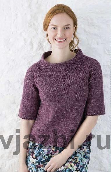 Модель на основе традиционного джемпера Гернси с косами по реглану. В описании джемпера используется текстурный узор включающий жемчужную вязку. Кокетка модели связана узором диаманты и косами, проходящими по линиям реглана. Журнал: The Knitter, выпуск 96. Дизайнер: Sarah Hatton.