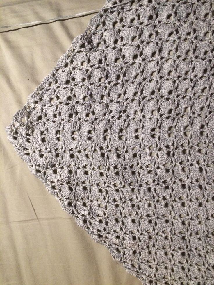 pola syal crochet elegant dengan chart / diagram.