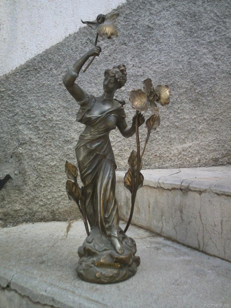 VINDEM 3 STATUETE IN ANTIMONIU PROVENIENTA FRANTA 750 EURO