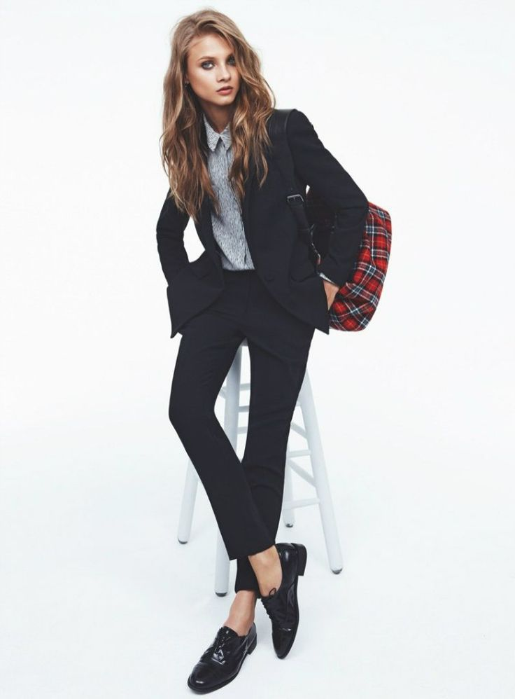 love the tomboy/classy man look paired with long flowy hair