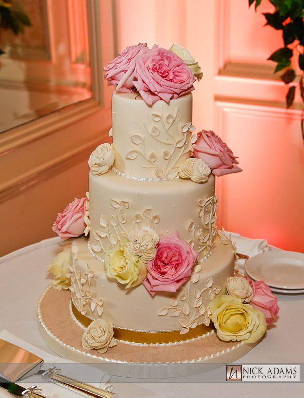 Island Style Wedding Cakes
