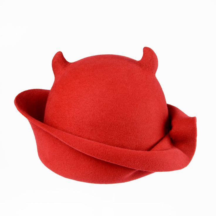 red devils hat - www.awardt.be