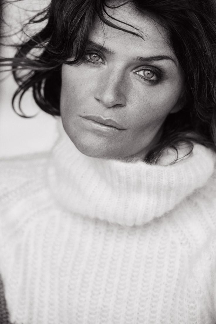 Helena Christensen. Photo: Peter Lindbergh for 'Vogue' Italia.