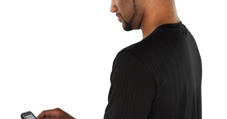 Como usar o Google para rastrear a localização de celulares. O Google oferece um programa chamado Latitude que permite o rastreamento de um celular em qualquer lugar do mundo. O programa é gratuito e pode ser usado tanto no computador quando no aparelho móvel. Ele é uma ferramente perfeita para se usar quando algum ente querido viajou e você deseja acompanhar seus movimentos. Para usá-lo, tudo que você ...