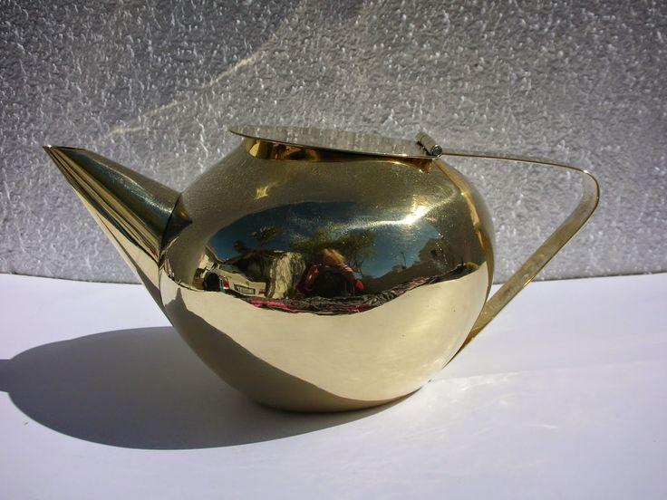 SKYSCRAPER CAPE TOWN - 20th CENTURY CLASSICS: Modernist 50's WMF Teapot