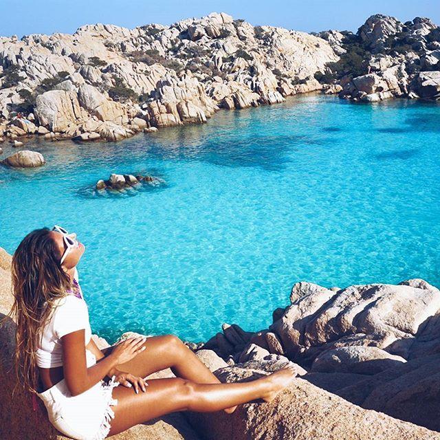 Having the time of my life!That water thoooooo . . . . . . . #calacoticcio #costasmeralda #sardinia #italianwoman#sardegna #girlswhotravel #sheexplores#girl #europa #italy #italiandays #style #summer #visititaly #summer2017 #italia #ladiesgoneglobal #blogger#travelsoul #ootd #prada #beachday#travelinstyle#italianblogger #bandoftravellers #wanderlust #travelblogger#pinktrotters #beautifulplace #europe