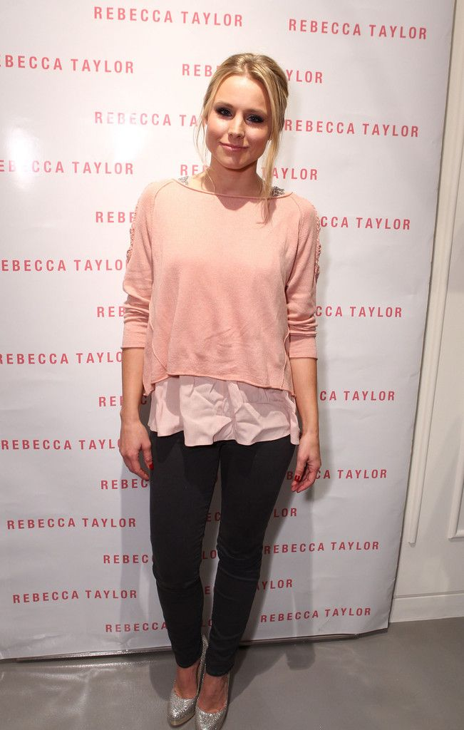 Rebecca robertson clothing store