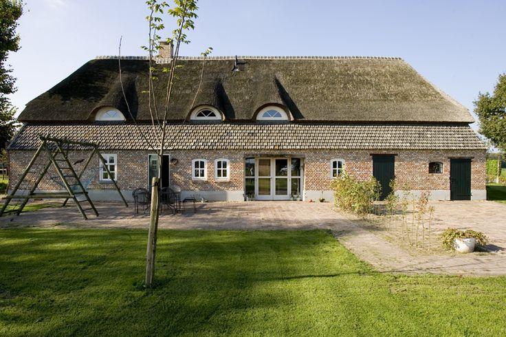 Deze monumentale boerderij in de buurt van Veghel is prachtig verbouwd.