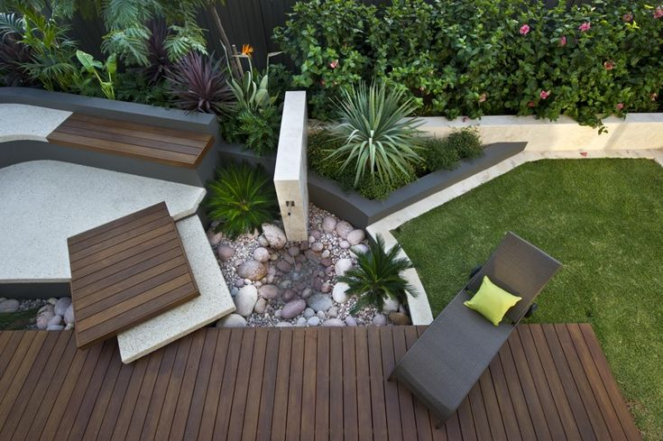 Clever courtyard design gardendrum when you have a view for Courtyard landscaping australia