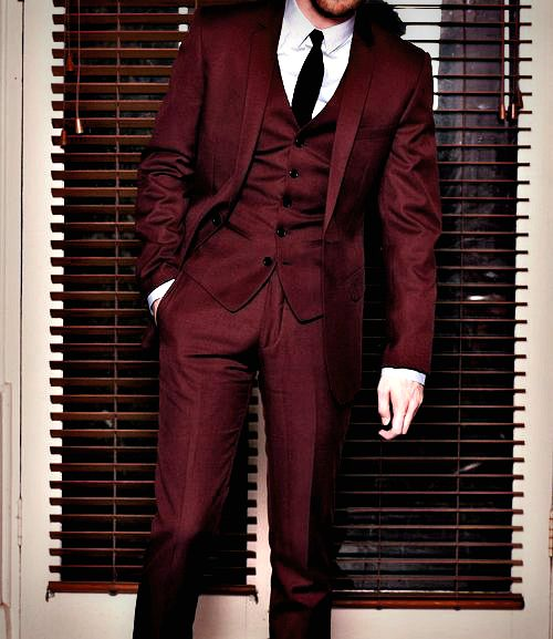 Monticelso  -------------------------------------------------- red crimson maroon burgundy wine blood cranberry. Eric for Catholic part? With vest?
