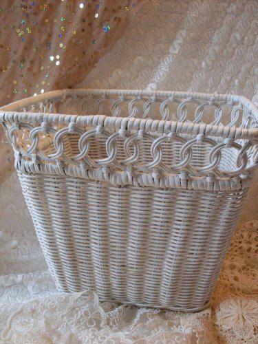 Fabulous Shabby Chic Detailed Wicker Vintage Basket  BostonBackBay  Antiques  We Ship Internationally
