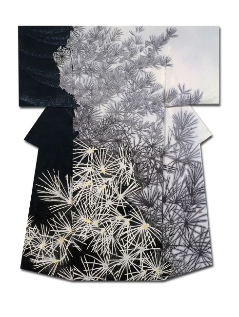 Kimono with pine needle detail. Modern. #JapaneseTextiles