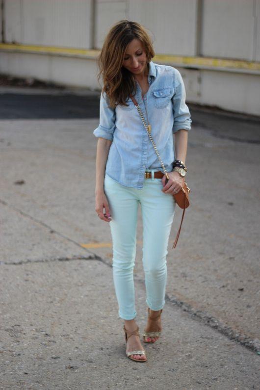 camisa jeans e calça brim azul clarinha