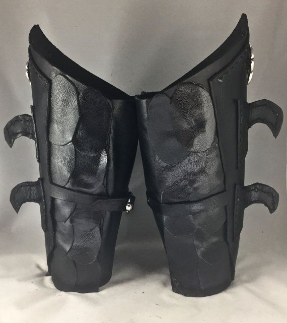 Diy Leather Armor Patterns: 25+ Unique Leather Bracers Ideas On Pinterest
