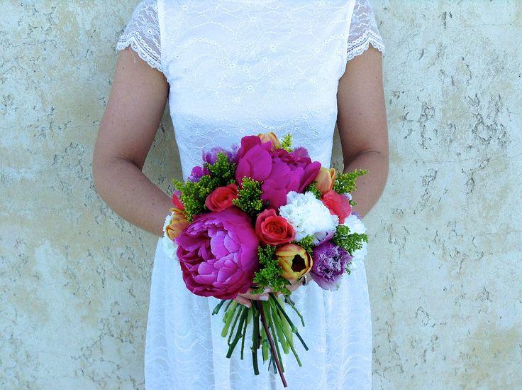 Bright, bold bouquets