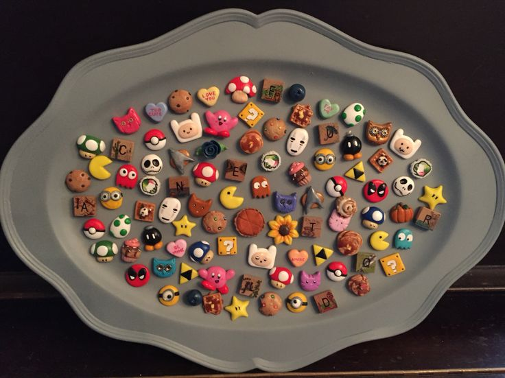 So many nerdy polymer clay magnets! -By Tiny Things By Bowen Adventure Time Mario PacMan Pokemon Kirby Zelda Pokemon Minions Nightmare Before Christmas Star Trek Tiny food