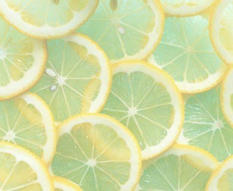 | Littekens verminderen Er is gebleken dat citroenzuur de zichtbaarheid van littekens op het gezicht vermindert en de huid sneller geneest.