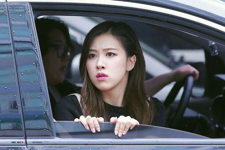Rose Blackpink Rose Rose Roseannepark Chaeyoung Parkchaeyoung Mainvocalist Blackpink Blink Yg Ygfamily Singer Kpop Korean Korea Gadis Korea