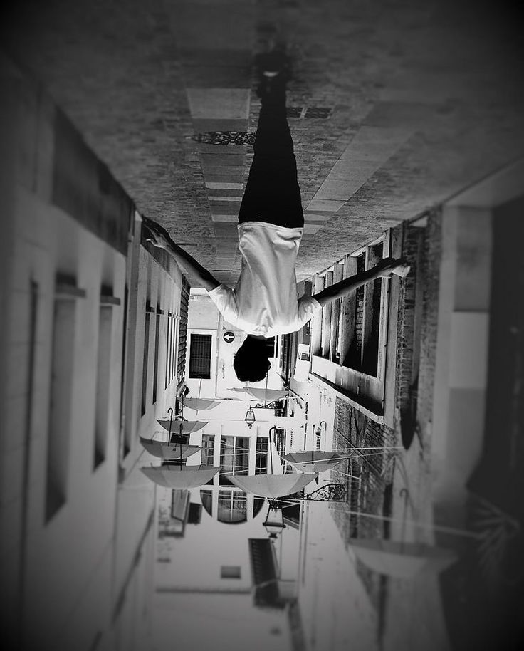 DO YOU THINK YOU CAN TELL...? #umbrella #boy #street Giulia Bergonzoni #optical #illusion #photography #dowun #under https://flic.kr/p/FYgfyb | upsidedown