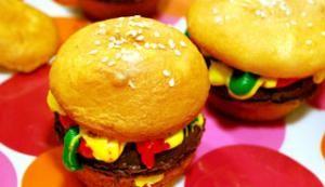 Pour les fêtes d'enfants, innovez en cuisinant ce dessert amusant!