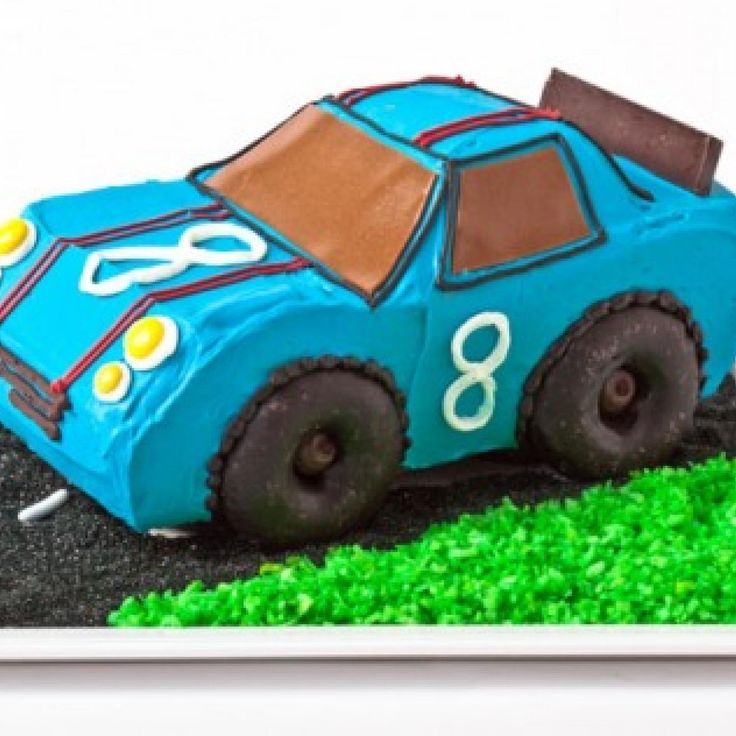 How to make a race car birthday cake with doughnuts