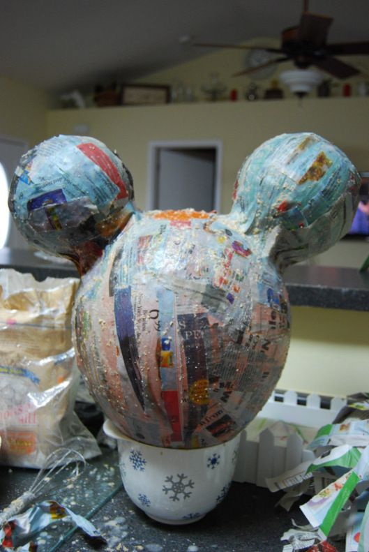 Minnie mouse pi ata party ideas pinterest homemade for Simple paper mache projects