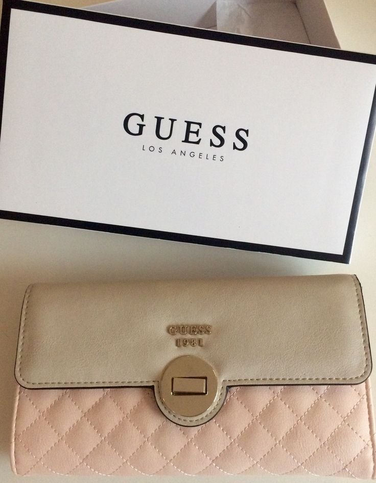 Guess😍💖👛