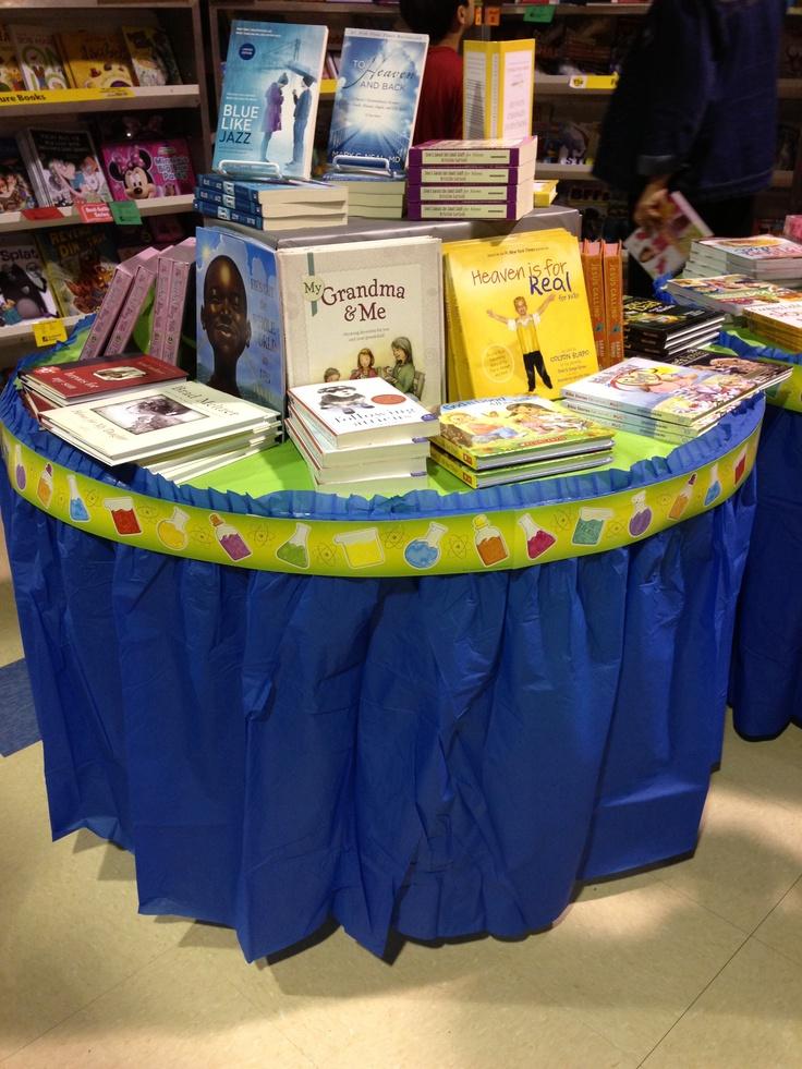 Border With Tablecloths To Decorate Book Fair Tables Cute Scholastic Book Fair Pinterest