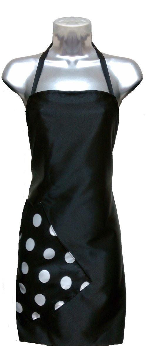 Salon Apron Black-Big Dot Razor Sharp Salon Wear