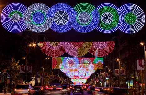 If you're in Madrid this holiday season, enjoy the lights!