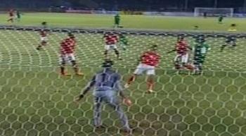 Timnas Indonesia gagal mempertahankan keunggulannya saat menjamu Arab Saudi pada laga lanjutan Pra Piala Asia. Sempat unggul cepat lewat gol Boaz Solossa, Indonesia harus menyerah 1-2.
