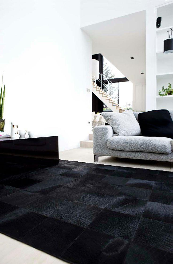 #patchwork tapijt in #zwart van #dierenhuid