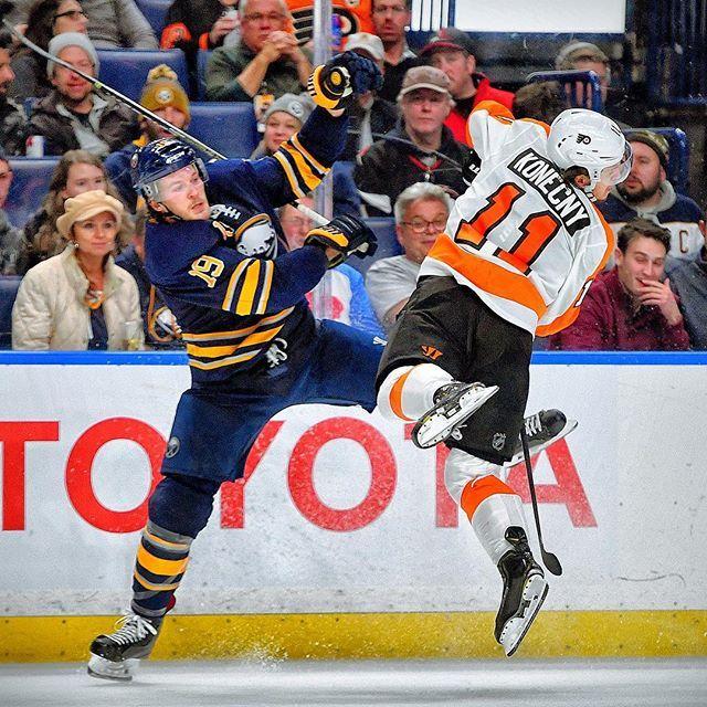 Jake Mccabe Vs Travis Konecny Flyers Hockey Hockey Players