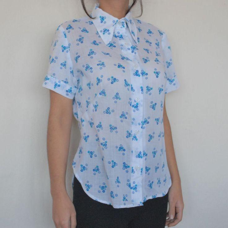 Retro sevenler için el dikimi vintage gömlek 50 TL. Online alışveriş ve bilgi için http://bit.ly/1FonxQp