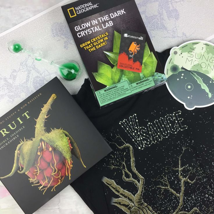 The Curiosity Box is a quarterly subscription box designed to keep your brain full – check out the Fall 2016 review!     The Curiosity Box by VSauce Subscription Box Review - Fall 2016 →  https://hellosubscription.com/2016/10/the-curiosity-box-by-vsauce-quarterly-subscription-box-review-october-2016/ #TheCuriosityBox  #subscriptionbox