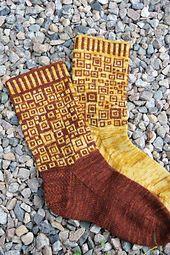 Ravelry: Squares Socks - Nurkkakunnan sukat pattern by Tuulia Salmela