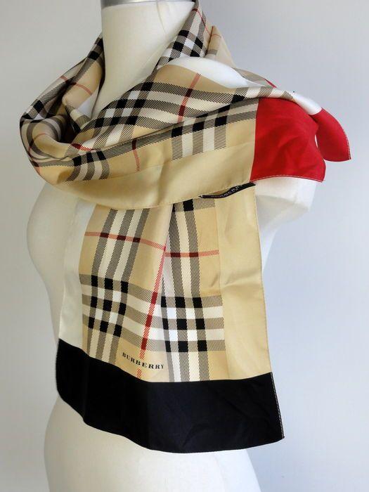 Nu in de #Catawiki veilingen: Burberry London - zijde sjaal