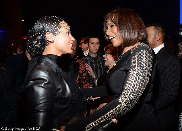 Close pals: Alicia Keys and Gayle King looked like the best of friends as they had an animated chat backstage