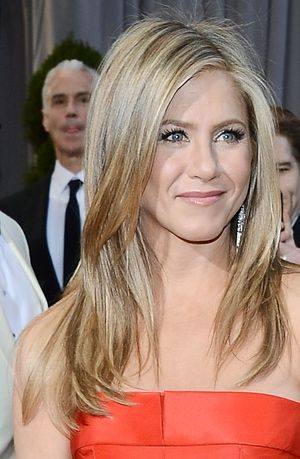 Hairstyles for Oval Faces: The 20 Most Flattering Cuts: Why This Style Suits an Oval Face