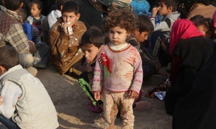Estado Islâmico prende mais de 100 mil crianças para usá-las como escudos humanos