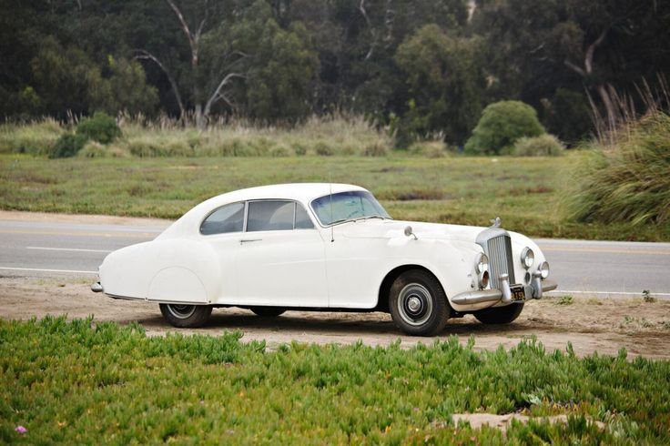 007-Creator Ian Fleming's Bentley = For Sale. OK, this thing is cool.