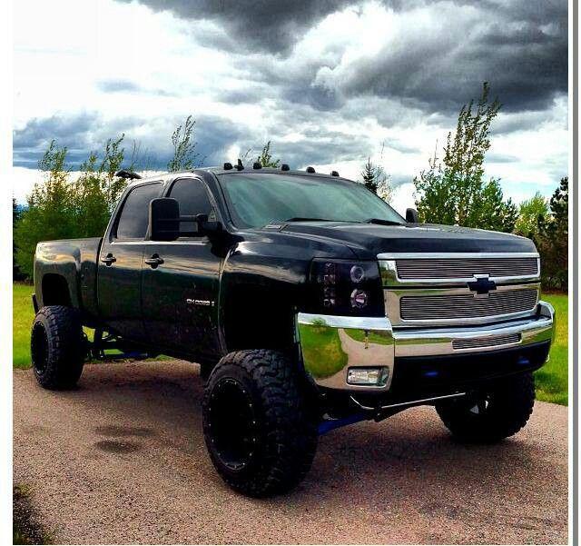 chevy #diesels #trucks #blackduramax