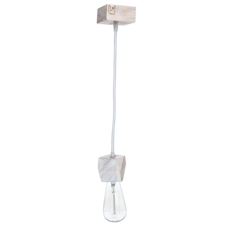 Материал: дерево (ольха) Покрытие: Масло Watco Danish Oil (USA), Морилка на масляной основе Varathane (USA) Корпус: 6 Х 6 Х 6 см Платформа: 8 Х 8 Х 4 см Длина кабеля: 1 м Сечение кабеля: 2х0,5 мм  Материал проводника: медь  Тип проводника: многожильный  Материал изоляции: поливинилхлорид (ПВХ)  Максимальная температура:. 105 ° C  Номинальное напряжение: 300 В  Плетеная оболочка: 100% вискоза  Диаметр провода: 6 мм