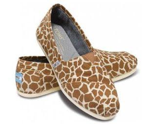 giraffe toms! i love giraffe print!!