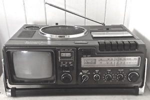 Vintage 1981. Collection. AM-FM, TV, VHF, UHF. CANDLE JCTR-108 L