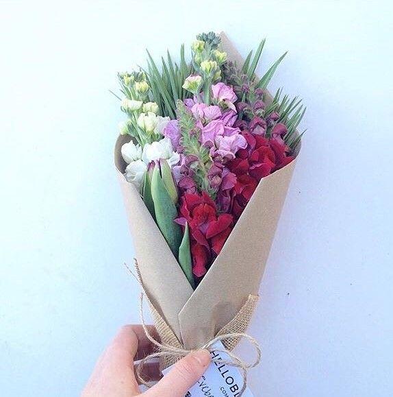 Lovely bunch for $35  #Melbourne #Victoria #Flowers #aussiemade #australia #melbourneflorist #flowerpower #aussie #instaaustralia #Australia #melbourneflowers #melbournegifts #victoriaflowers #melbournegirls #posy #flowerbunch